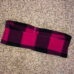 Pink plade head band